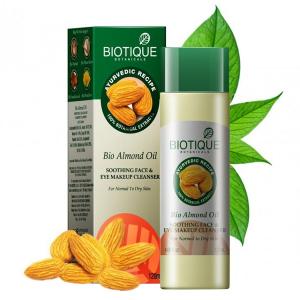 масло для очистки лица и снятия макияжа Биотик Био Миндаль (Bio Almond Oil Biotique), 120 мл.