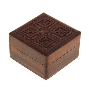 деревянная резная шкатулка Кватро, 10х10 см