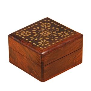 деревянная резная шкатулка Квинта, 10х10 см